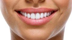 ترفندهای خانگی برای حفظ زیبایی لب ها