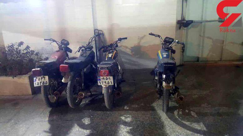 کشف چند موتور سیکلت در نخلستان های آبادان
