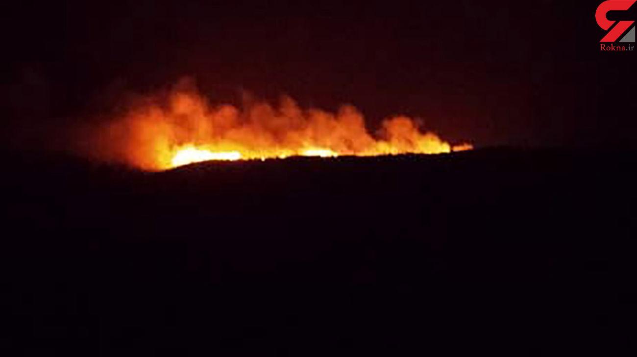 تلاش آتش نشانان خوزستان برای مهار آتش سوزی ها