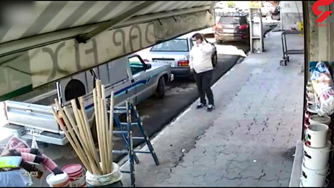 سرقت وسایل داخل خودرو در کمتر از چند ثانیه + فیلم