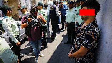 عکس های لحظه به لحظه از دستگیری شرور معروف خزانه / او دوستش را کور کرد