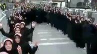 دختران و پسران ترکیهای در مراسم عزاداری امام حسین (ع) در این کشور + فیلم