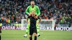 دسته گل جالب بازیکن کرواسی بعد از بازی مقابل دانمارک + عکس