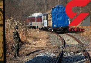 دیپلماسی ریلی/ اولین قطار مسافربری کره جنوبی وارد کره شمالی شد