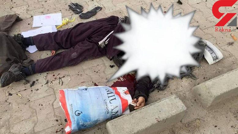 عکس که دنیا را تکان داد / جنازه مرد افغان در صحنه ای سیاه + عکس