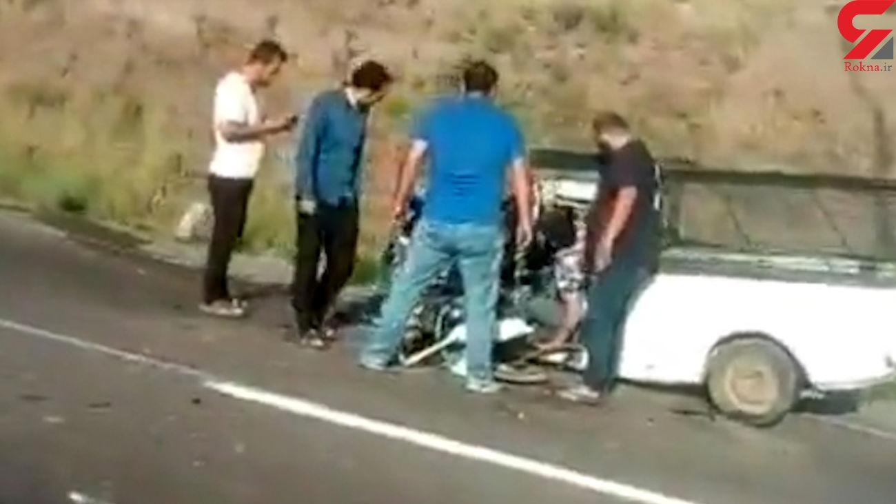 فیلم یک تصادف در جاده لوشان / گیر کردن راننده در میان آهن پاره
