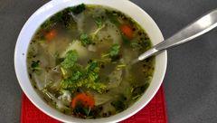 سوپ جو پرک شده با سبزیجات
