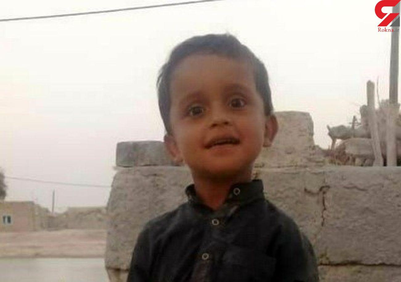 مرگ دلخراش پسربچه 6 ساله در گودال های آب سیستان و بلوچستان + عکس