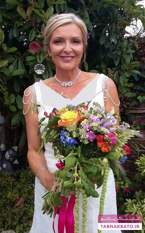 زنی که برای کارهای روزانه هم لباس عروس میپوشد!