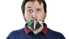 با این راهکارها از شر بوی بد دهان خلاص شوید