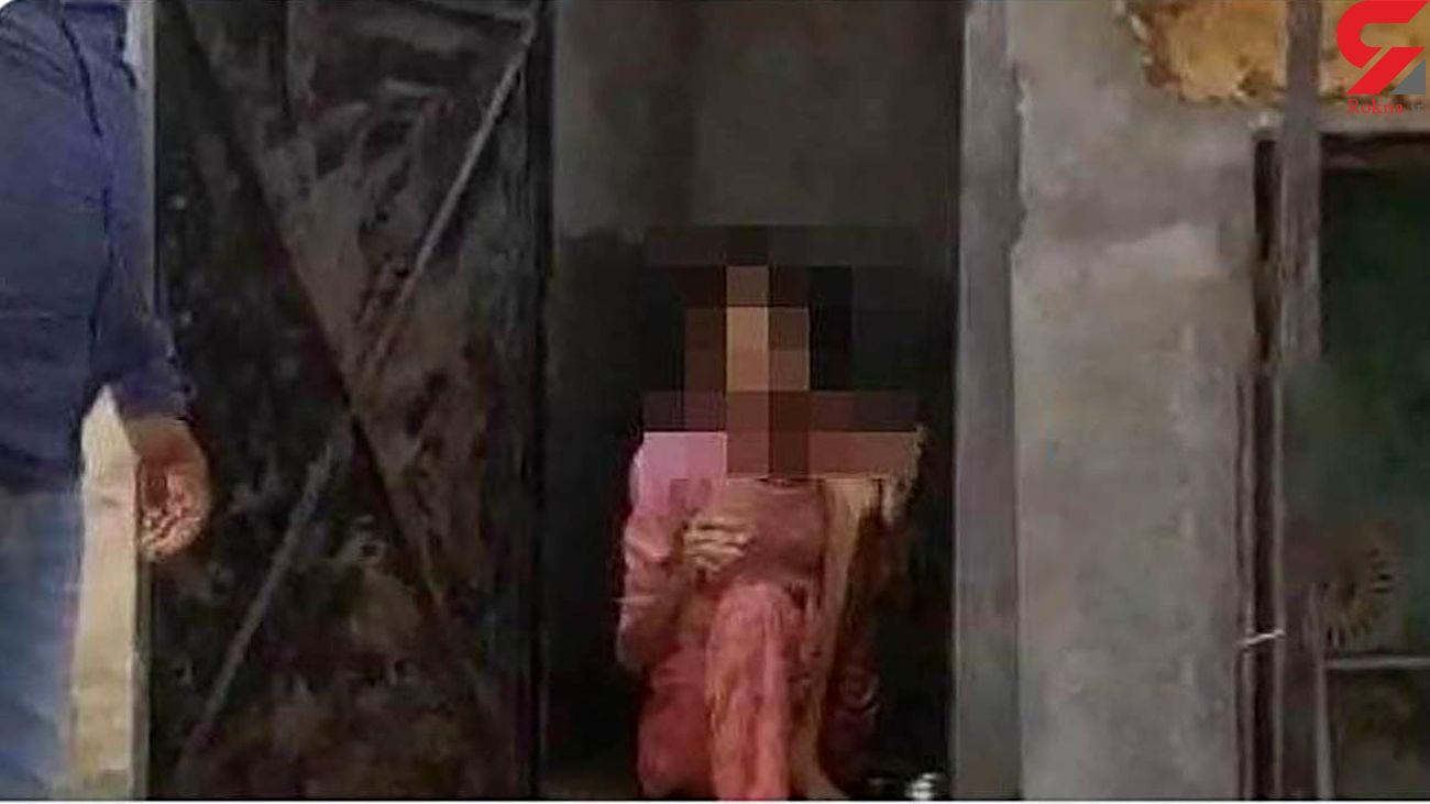شوهر سنگدل زنش را در توالت زندانی کرد / پوست و استخوان شده بود + فیلم