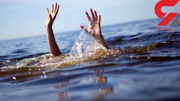 واژگونی وحشتناک یک شناور در اسکله تفریحی کیش / 15 مسافر در شرایط بحرانی