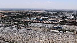 تصاویر هوایی از پارکینگ ایران خودرو و حجم انبوهی از خودرو!