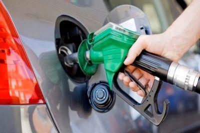 خبرهای بنزینی/ سهمیه بنزین تا چند لیتر قابل ذخیره است؟ رایانه بنزین اردیبهشت ماه به چه کسانی تعلق نمی گیرد؟