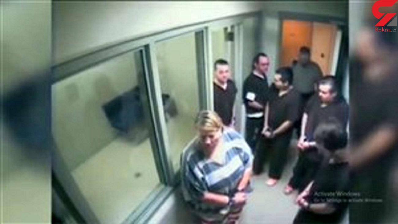 فرار زیرکانه یک زندانی از دست پلیس در آسانسور دادگاه + فیلم