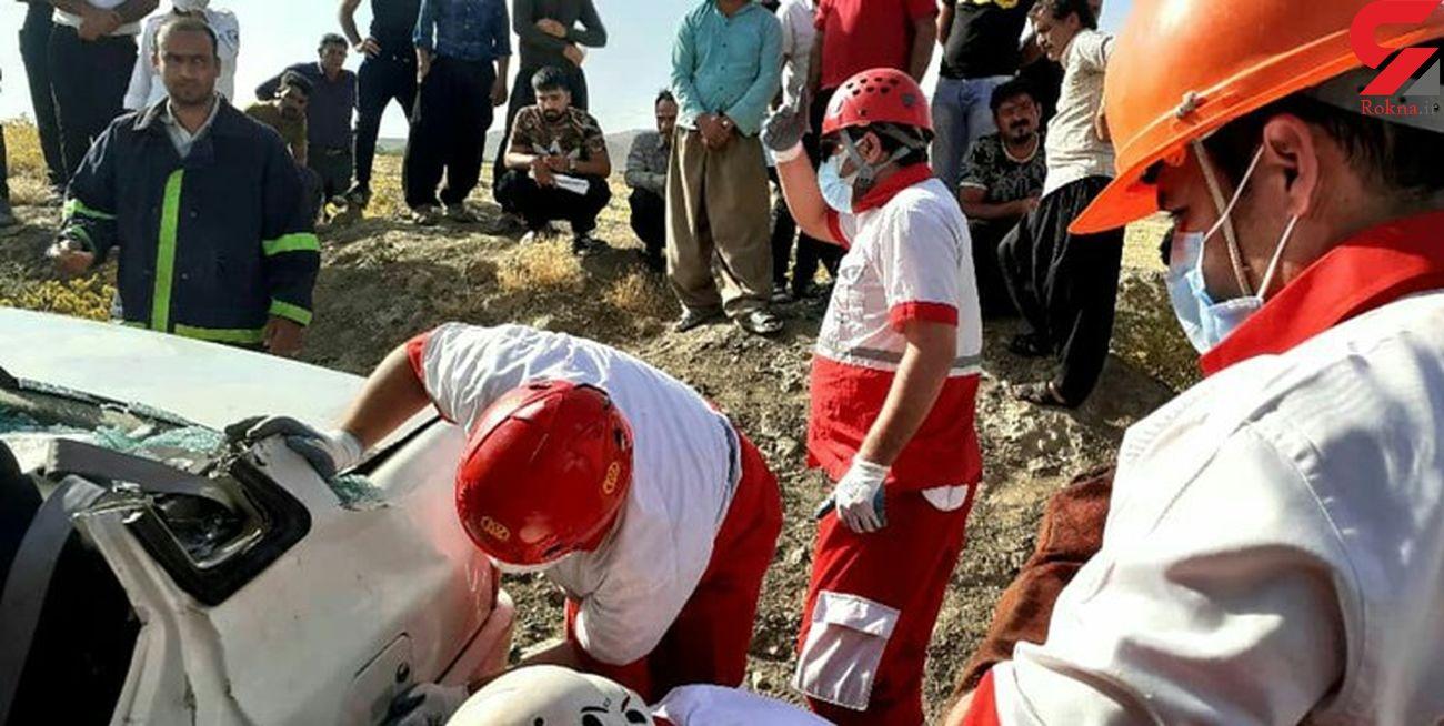 پرس شدن 5 زن و مرد داخل پژو / آنان در جاده جیرفت کشته شدند