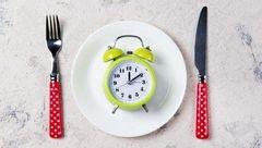 کاهش وزن در یک ماه با رژیم لاغری 16:8