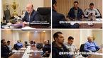 زبان بدن جباروف در مذاکراتش با استقلال/ لباس غیر رسمی، بازی با موبایل، بیتوجهی به جلسه + عکس