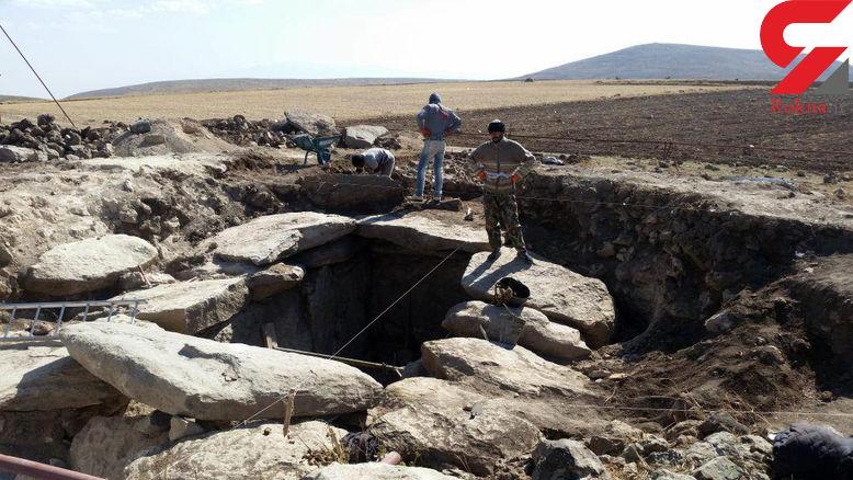 کشف نخستین کورگان خشتی باستانی در مشگینشهر + عکس