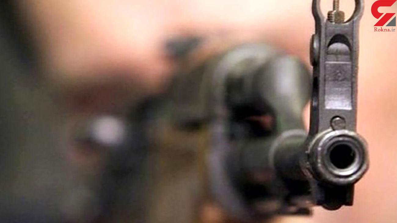 مرگ پدر با شلیک گلوله پسر در هامون