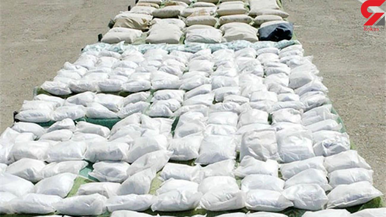 بازداشت سوداگران مرگ در میرجاوه / توقیف محموله مرفین