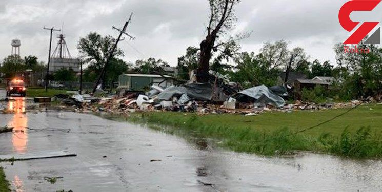 طوفان شدید در چند ایالت جنوبی آمریکا/۴ نفر کشته شدند/برق منزل هزاران شهروند آمریکایی رفت