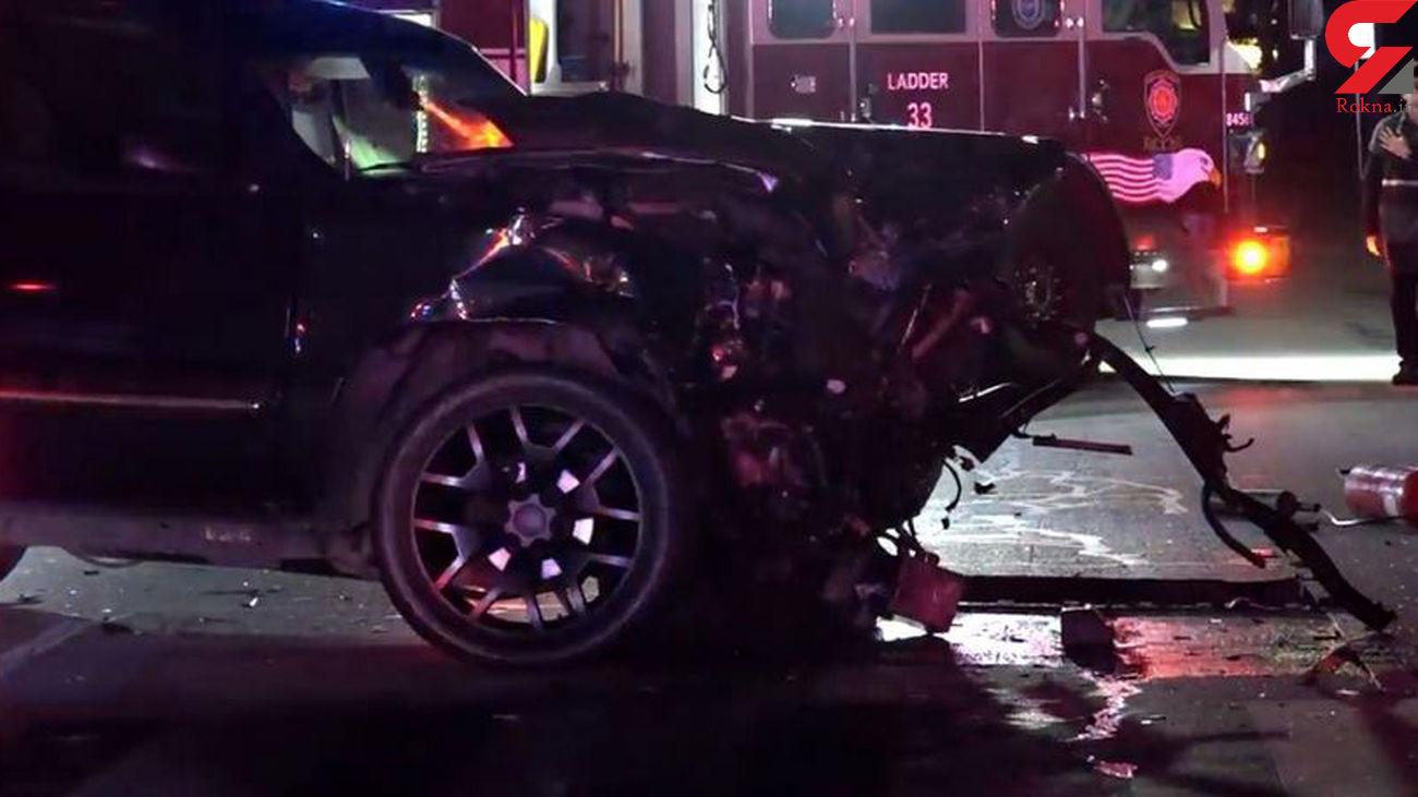 نجات جان سرنشین خودرو از مرگ حتمی توسط 2 آتشنشان + فیلم