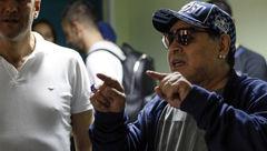 ملاقات مارادونا با بازیکنان دینامو برست پیش از عزیمت به آرژانتین + تصاویر