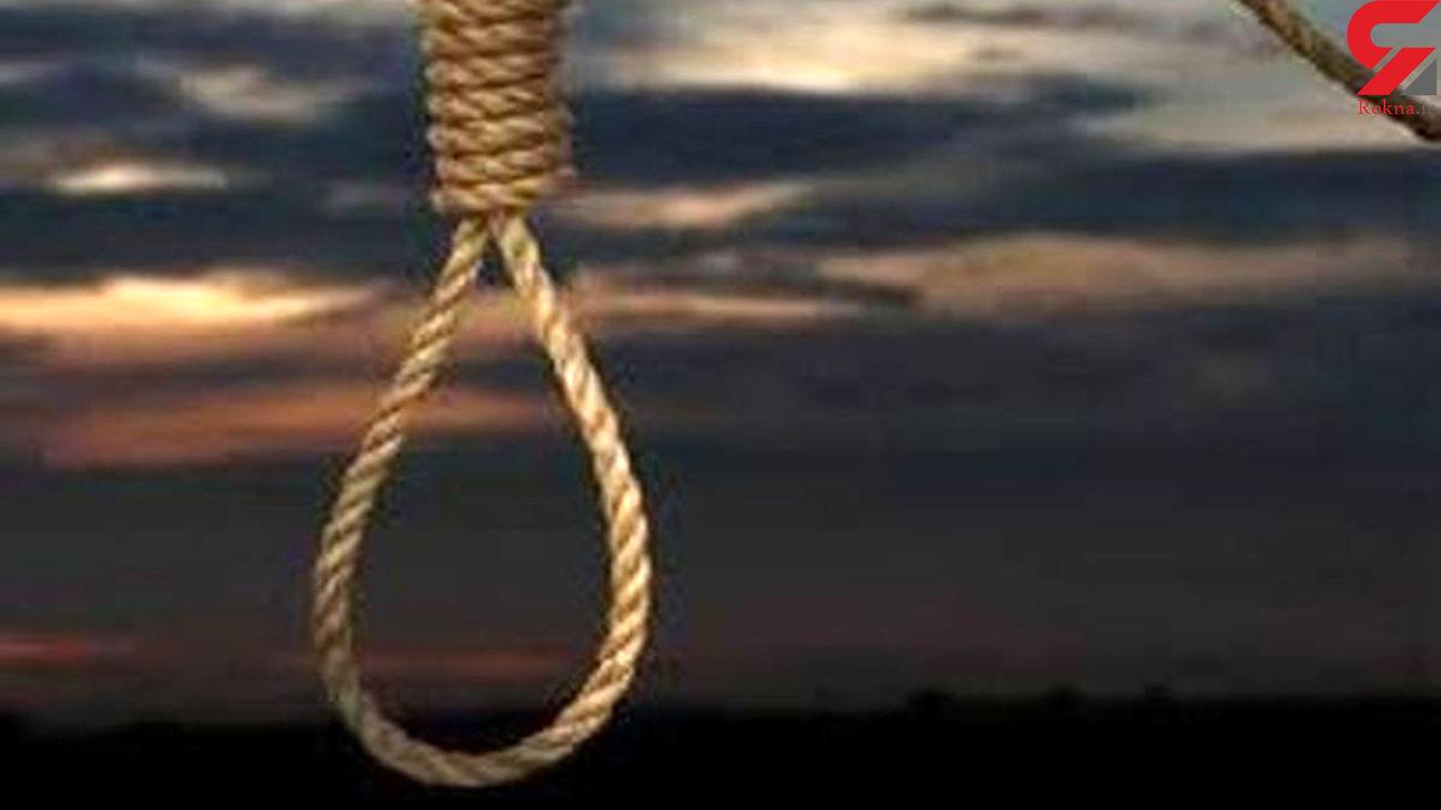 پاره شدن طناب دار از گردن قاتل تبریزی