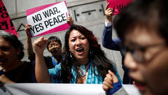 اعتراض مردم کرهجنوبی به لغو دیدار ترامپ و اون + عکس