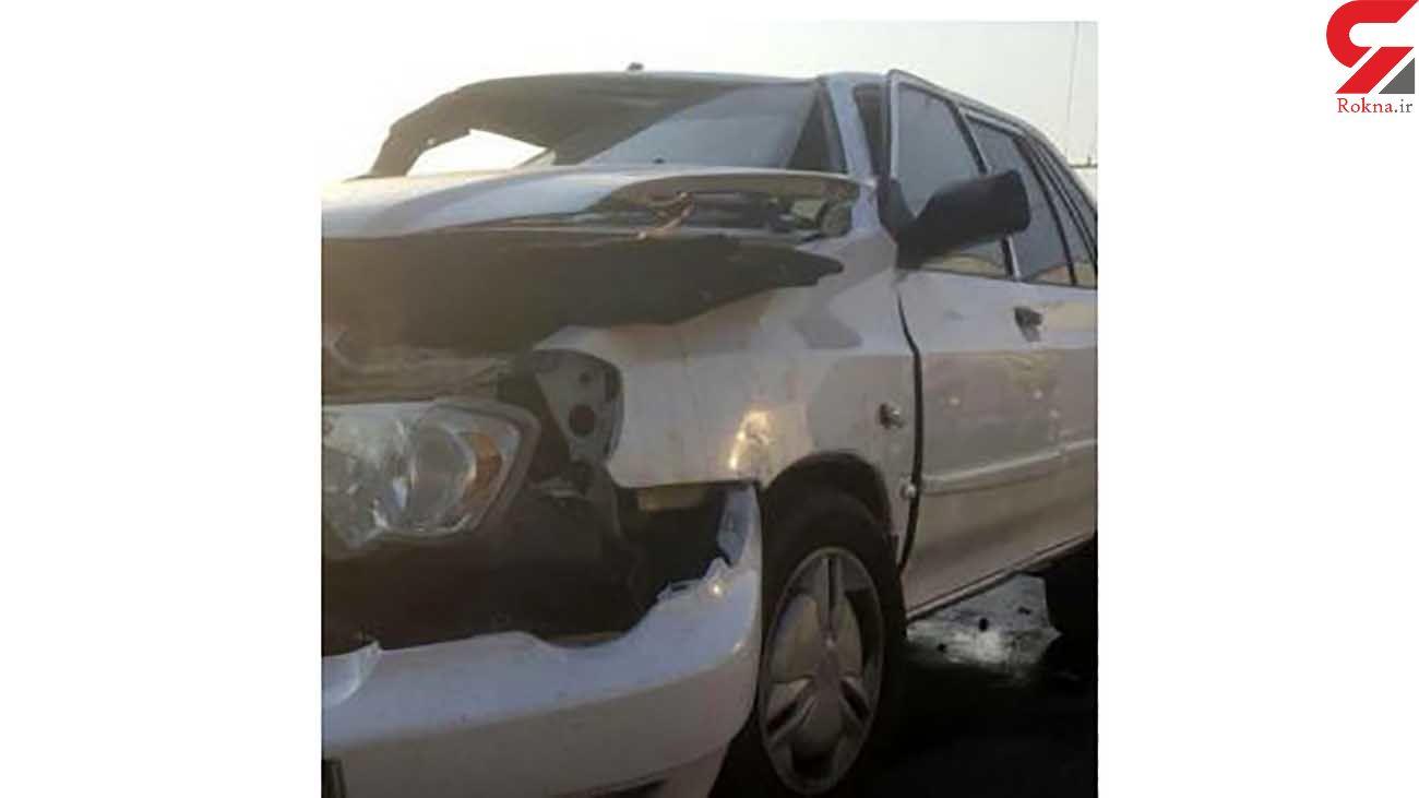 مرگ تلخ راننده پراید در برخورد با گاردریل / در رشت رخ داد