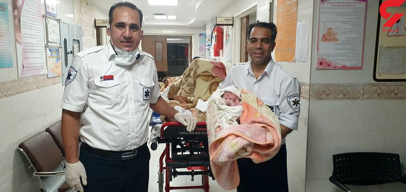 تولد نوزاد عجول لنجانی در آمبولانس