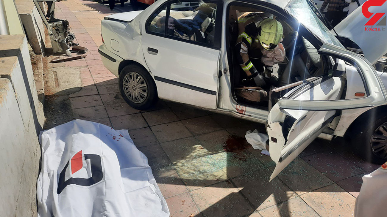 عکس جنازه جوان کرمانی در تصادف با تیرچراغ برق