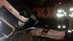 واژگونی مرگبار پژو ۲۰۶ در بزرگراه اشرفی اصفهانی + تصاویر