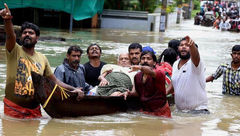 شمار قربانیان طوفان هند به 24 نفر رسید+عکس