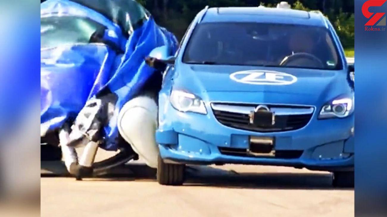 ایربگ چطور جلوی خرابی خودرو را می گیرد؟ + فیلم