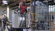 این ربات از طریق لامسه ماهیت اشیاء را حدس میزند