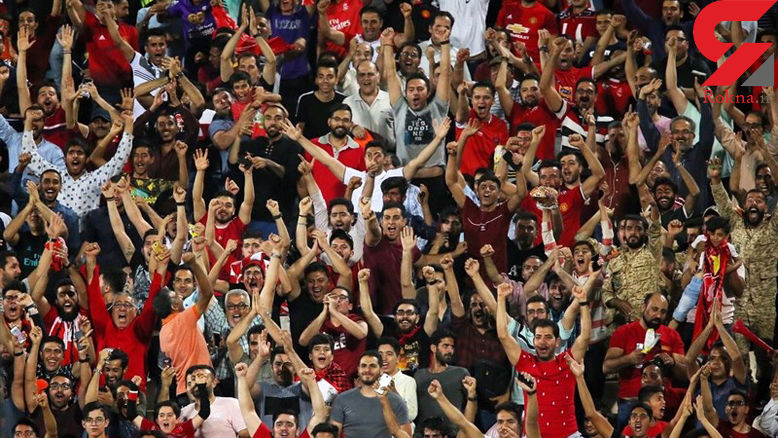 حواشی دیدار پرسپولیس - نفت مسجدسلیمان / استقبال کم هواداران و حضور کالدرون در رختکن+ تصاویر