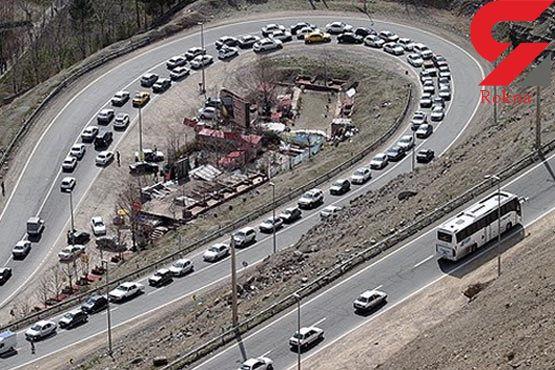 خطر ریزش سنگ در جاده چالوس