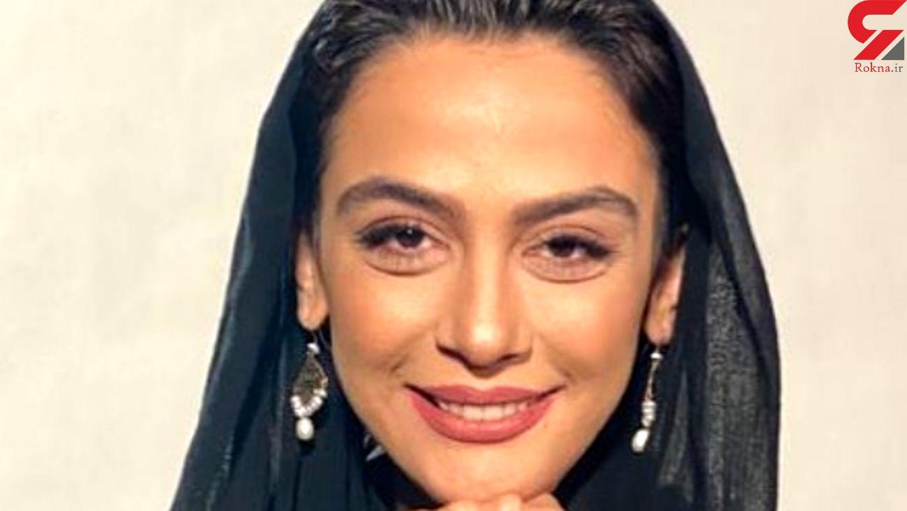 یادگاری خانم بازیگر ایرانی با جمجمه مردگان + عکس