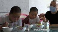 چاق شدن سریع پسر 10 ساله به خاطر کمک به پدر بیمارش+عکس