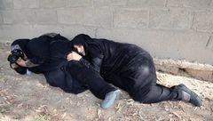 گفتگو با دختر عکاس که پناهگاه یک زن در حادثه اهواز شد + عکس جهانی