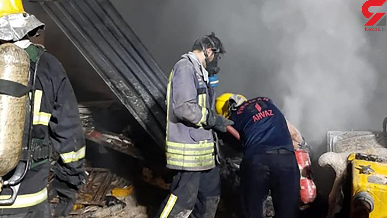 فیلم / حادثه برای 12 آتش نشان در آتش سوزی بزرگ کوی عامری اهواز + عکس