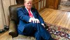 توهین ترامپ به نخست وزیر انگلیس / او روی صندلی چرچیل نشست +عکس