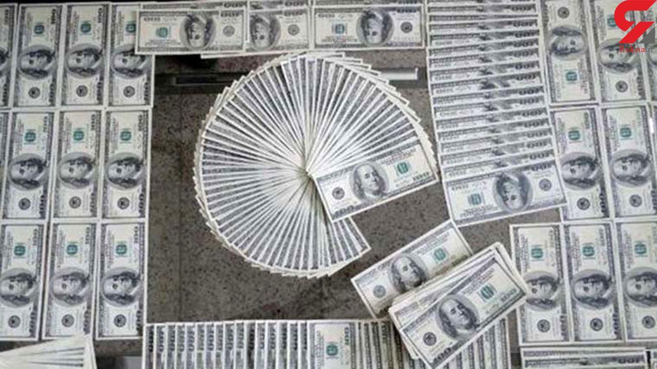 کشف 7800 دلار تقلبی در بوشهر